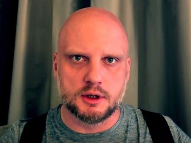 """O. Szustak opowiada o homoseksualizmie, dlatego… """"Tygodnik Powszechny"""" reaguje"""
